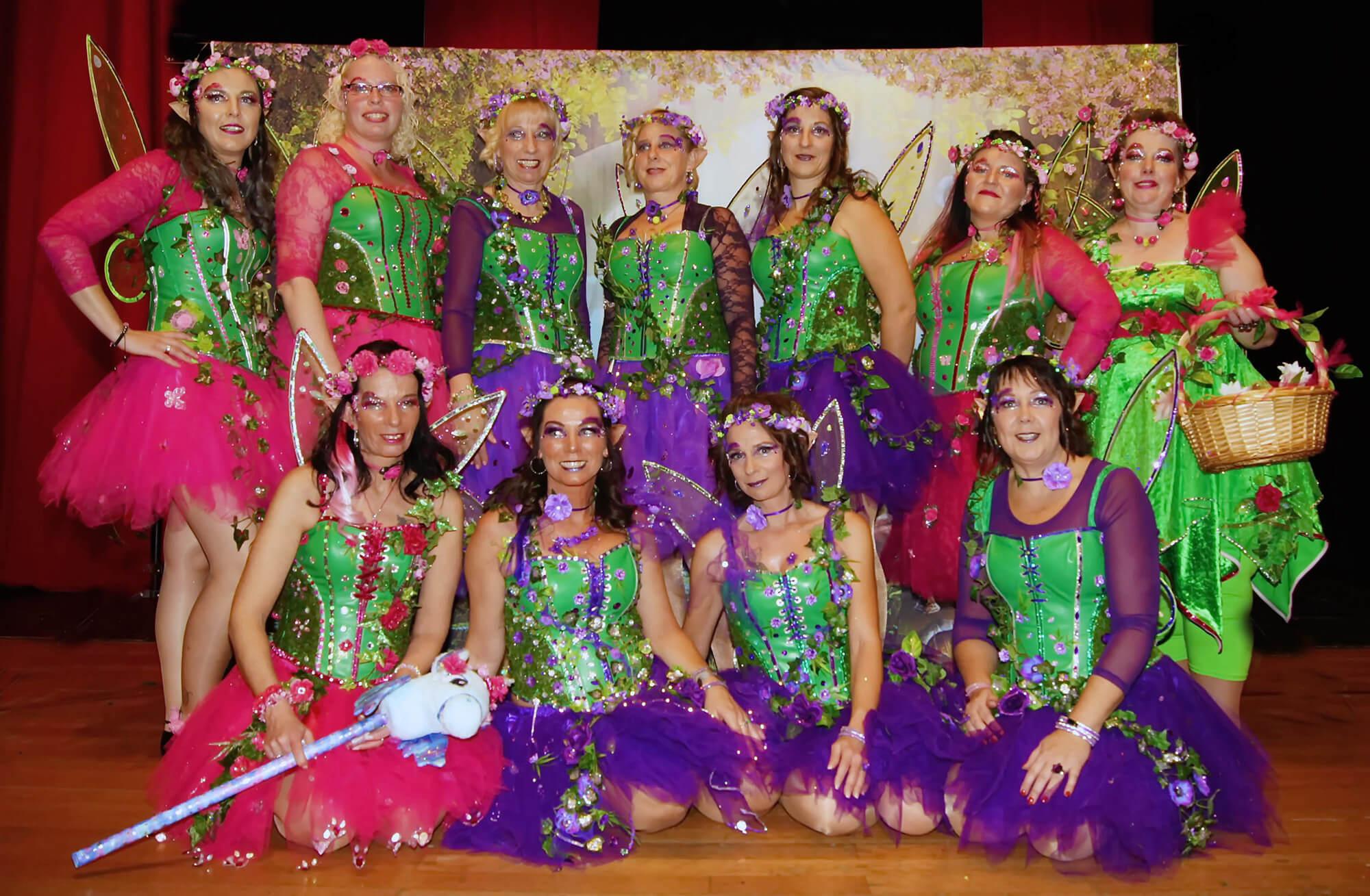 Showtanz Hexen Fasching Spaß Tanzen Elfen Kostüme